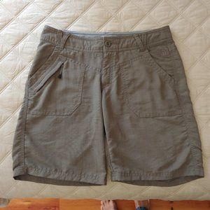 🩳The North Face Cargo Hiking Shorts - Like New!🩳